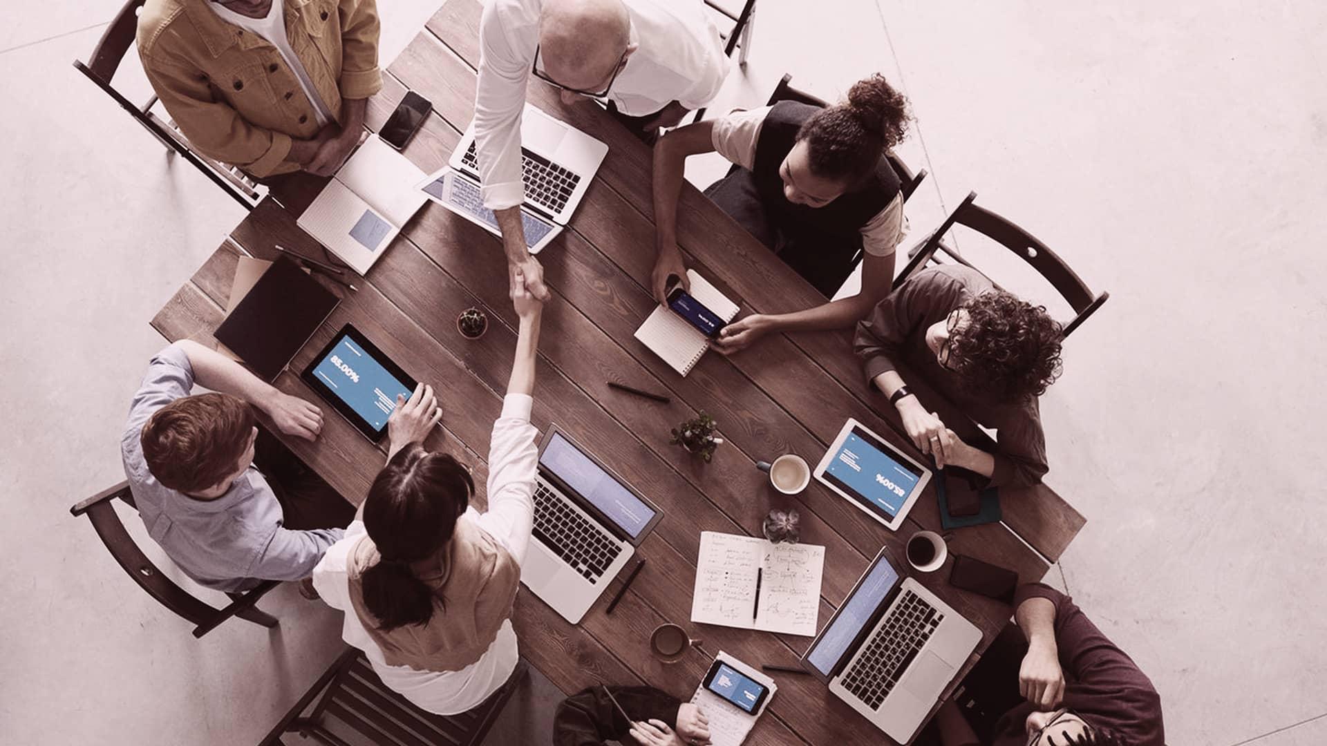 Claves del Reglamento P2B que regula las relaciones entre plataformas y empresas