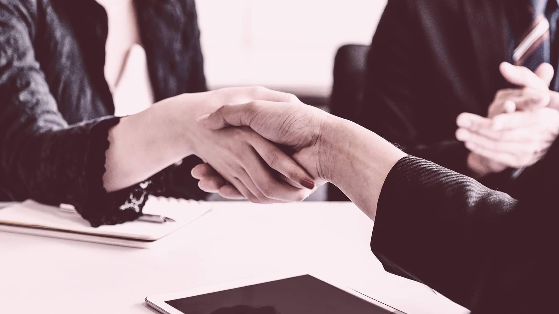 El Ayuntamiento de Madrid firma un convenio de colaboración con la asociación Confianza Online