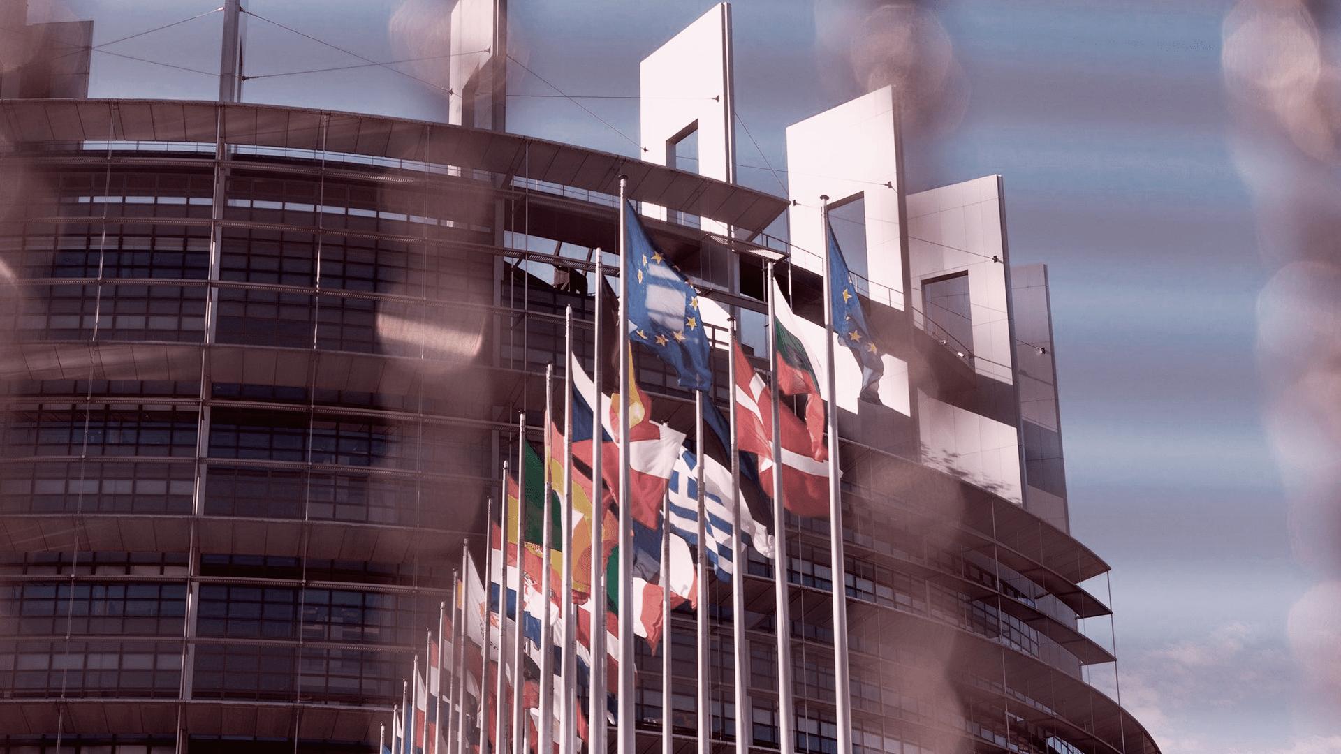 La Comisión Europea revisa las normas sobre la seguridad general de los productos y sobre crédito al consumo
